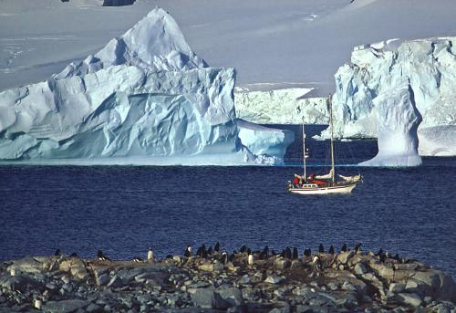 Eyewitness to Climate Change: Melting Ice & Rising Seas / David Thoreson